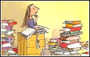 little-girl-reading-book ADJ