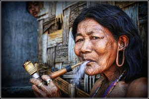 elder woman 4 border